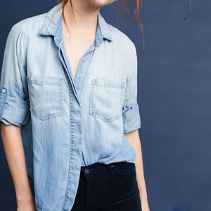 Cloth & Stone split back chambray top Light Denim